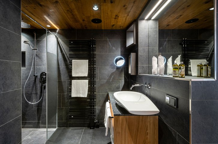 Studio Bergzeit bathroom
