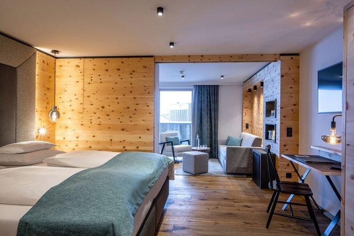 Stone pine suite Bergzeit interior view