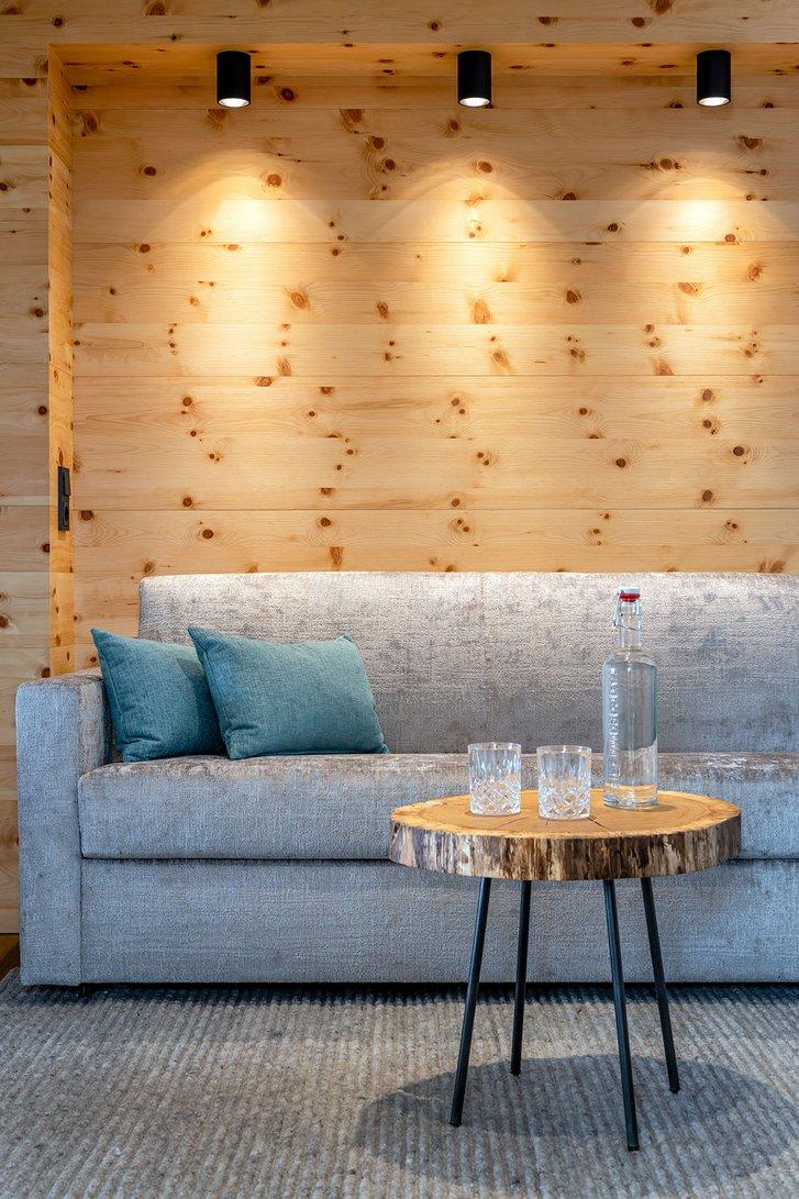 Stone pine suite Verwöhnzeit seating corner